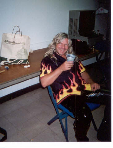 Mat sinner -well deserved break after Miwaukee metalfest 2001