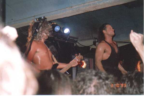 live in barcelona 99- geez that is a corny comment!!!!!- oh well- it will have to do-until I found one that is mean enough to satisy me although not very offensive.......will come with the next cup of coffee